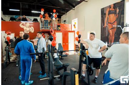 тренажеры для фитнес клубов оптом